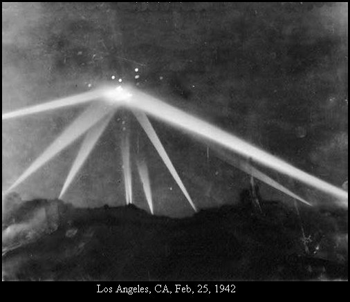 The Battle of LA California Attacked By UFO-1942|Alien-UFO-Research|