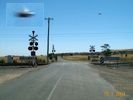 UFO Flying high in the sky!