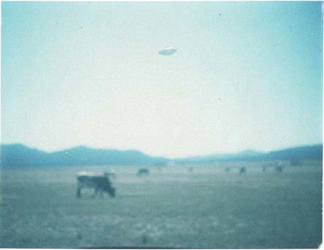 Real UFO Pictures Photos Sightings images and Abductions